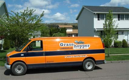 grasshopper-lawns-truck